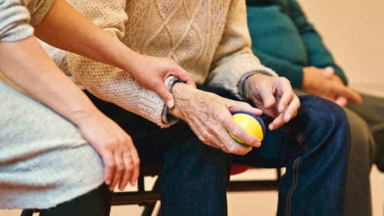 Cannabis & Arthritis: Can medical cannabis treat joint pain?